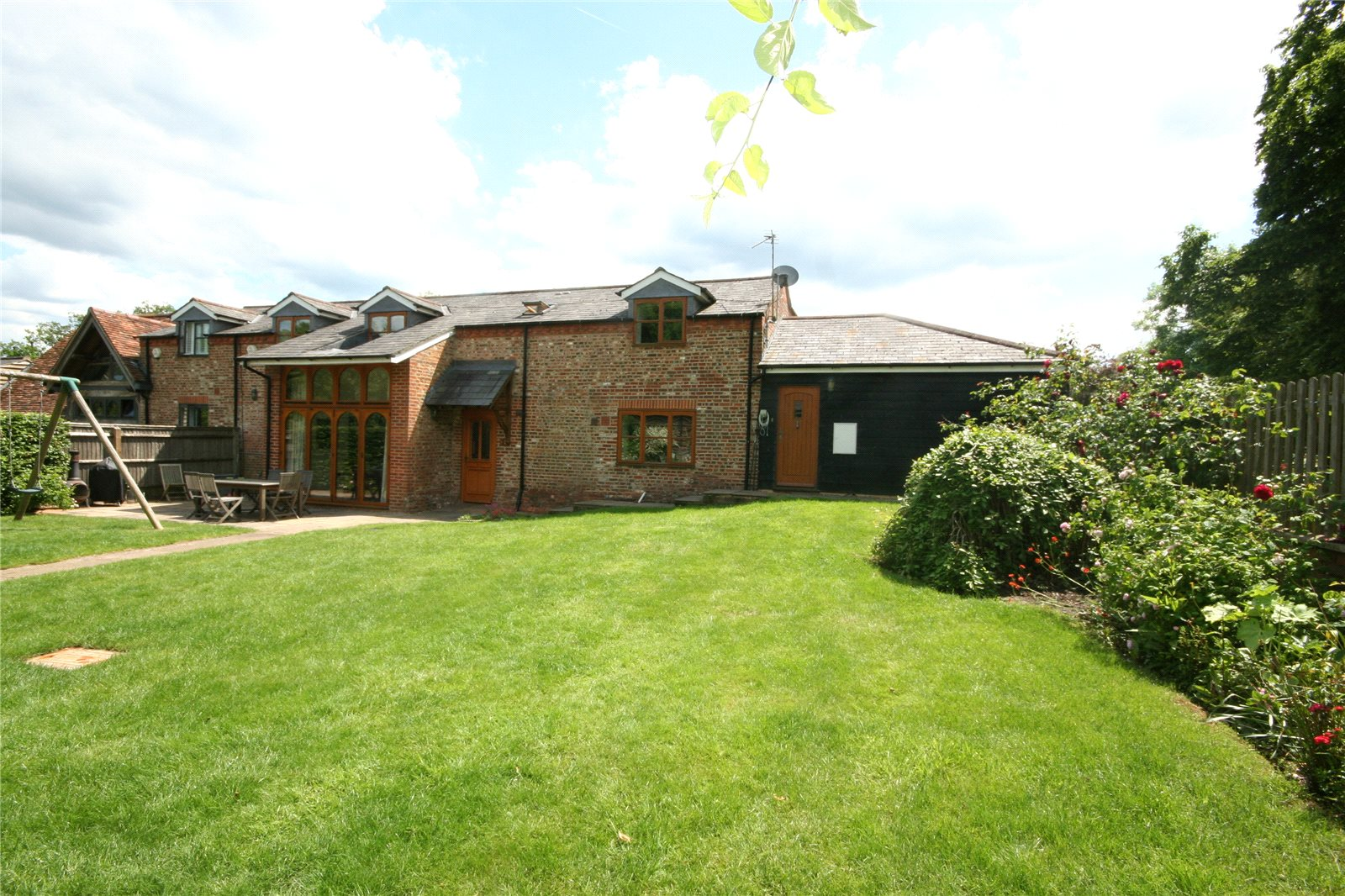 Additional photo for property listing at Nightingales Lane, Chalfont St Giles, Buckinghamshire, HP8 Chalfont St Giles, Inghilterra