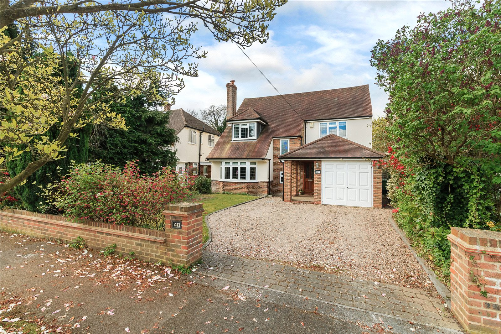 Частный дом для того Продажа на Latchmoor Way, Chalfont St. Peter, Gerrards Cross, Buckinghamshire, SL9 Gerrards Cross, Англия
