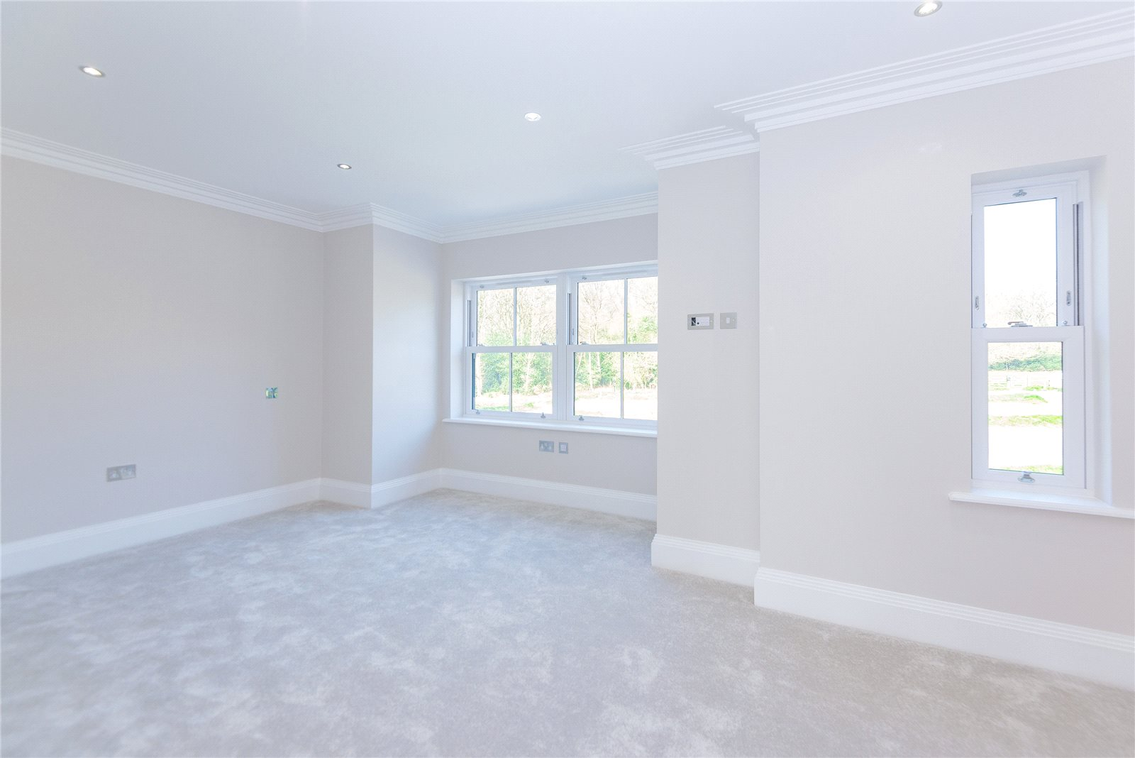 Additional photo for property listing at Stag House, Hawthorne Lane, Farnham Common, Buckinghamshire, SL2 Farnham Common, Inghilterra
