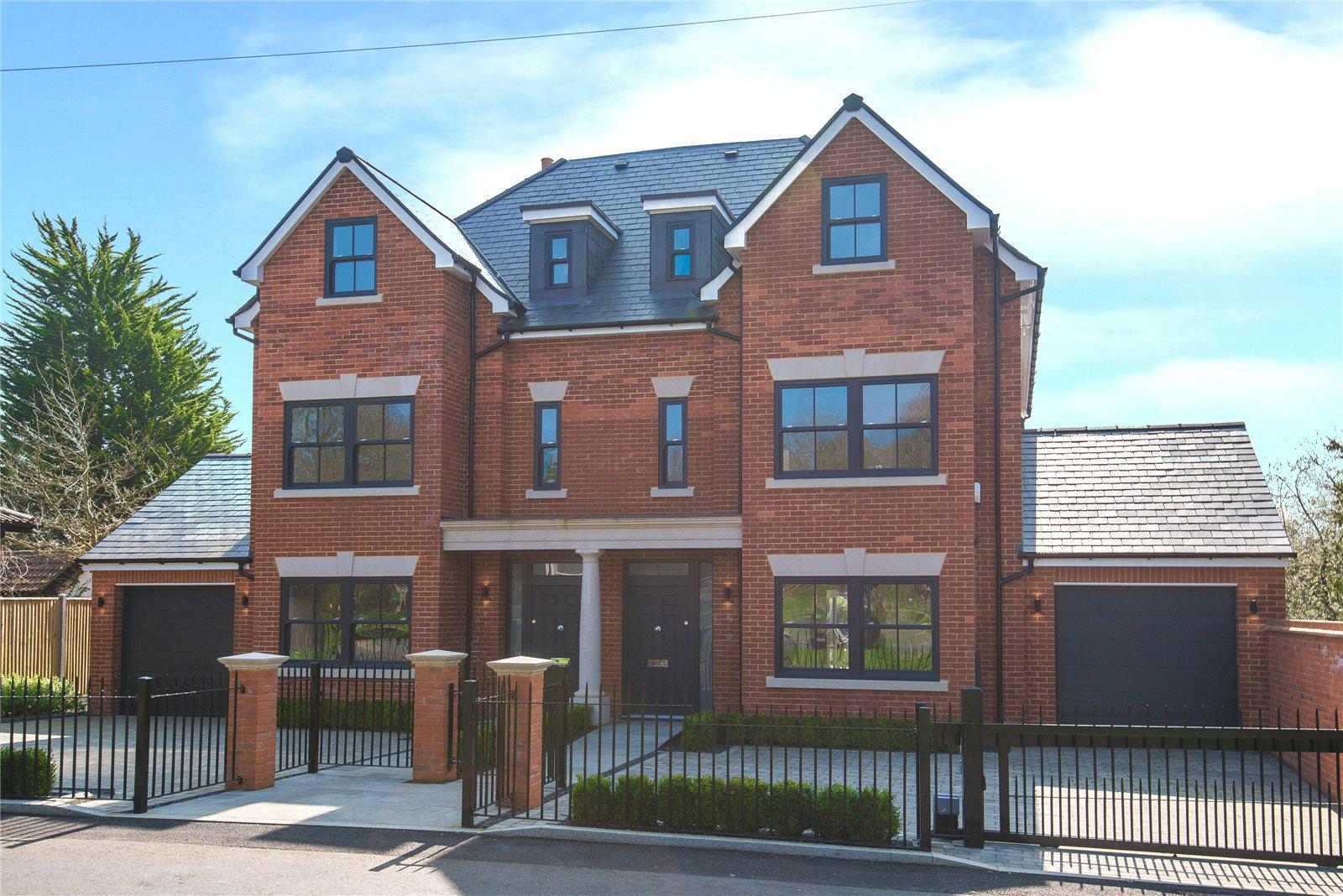 Additional photo for property listing at Stag House, Hawthorne Lane, Farnham Common, Buckinghamshire, SL2 Farnham Common, England