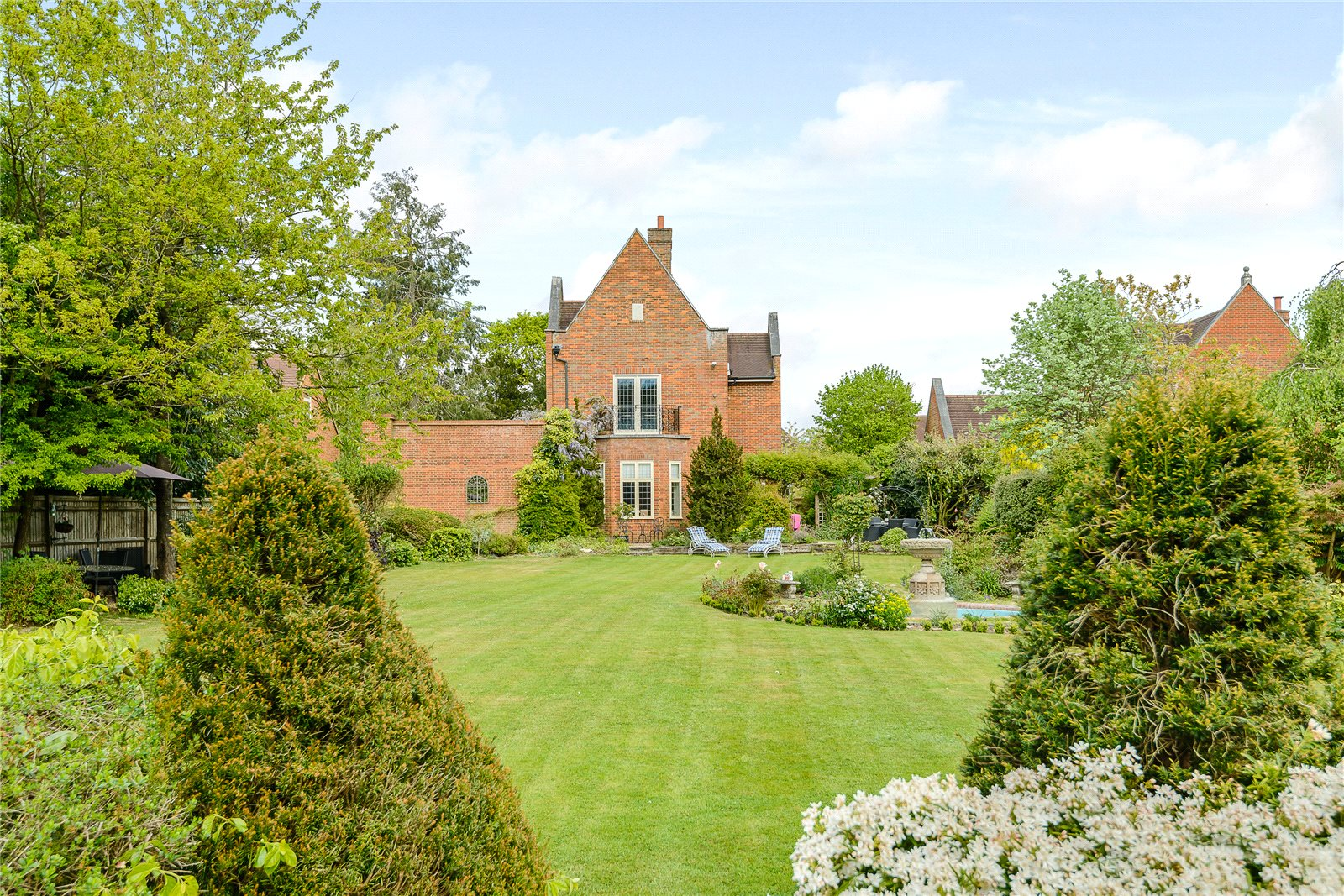 Additional photo for property listing at Kemsley Chase, Farnham Royal, Berkshire, SL2 Farnham Royal, 英格蘭