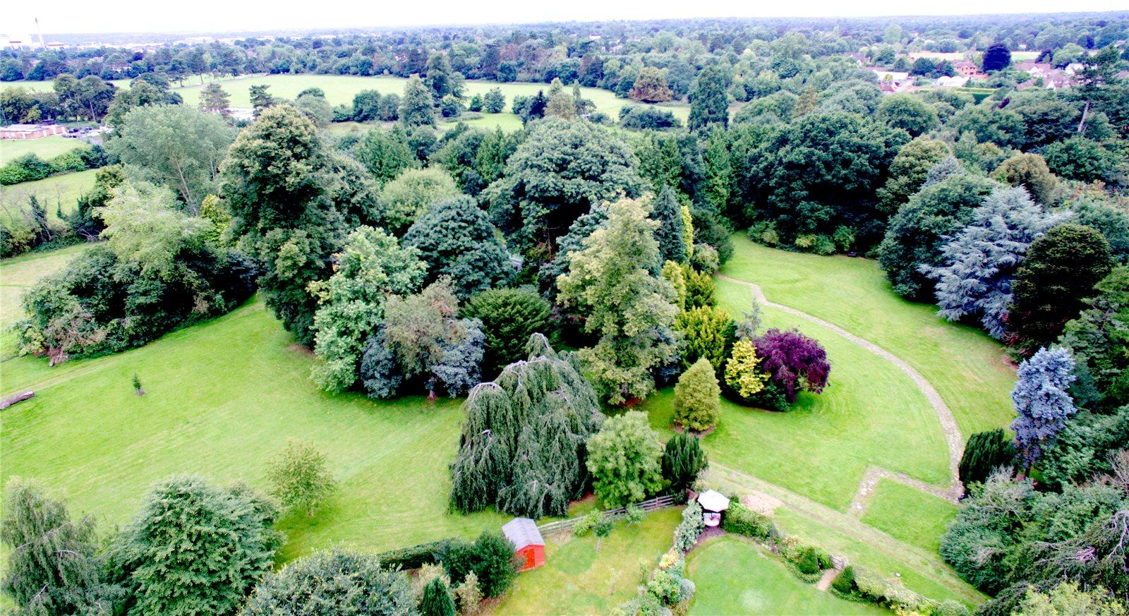 Additional photo for property listing at Kemsley Chase, Farnham Royal, Berkshire, SL2 Farnham Royal, 영국