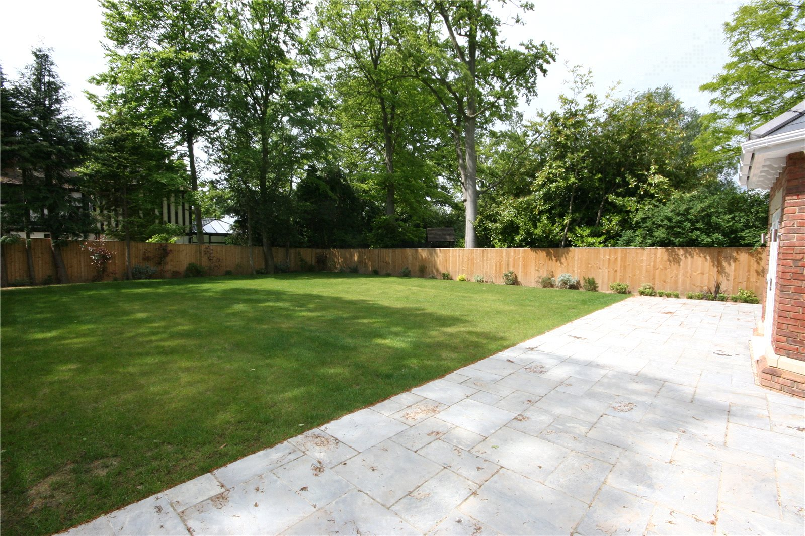 Additional photo for property listing at Fulmer Drive, Gerrards Cross, Buckinghamshire, SL9 Gerrards Cross, 英格兰