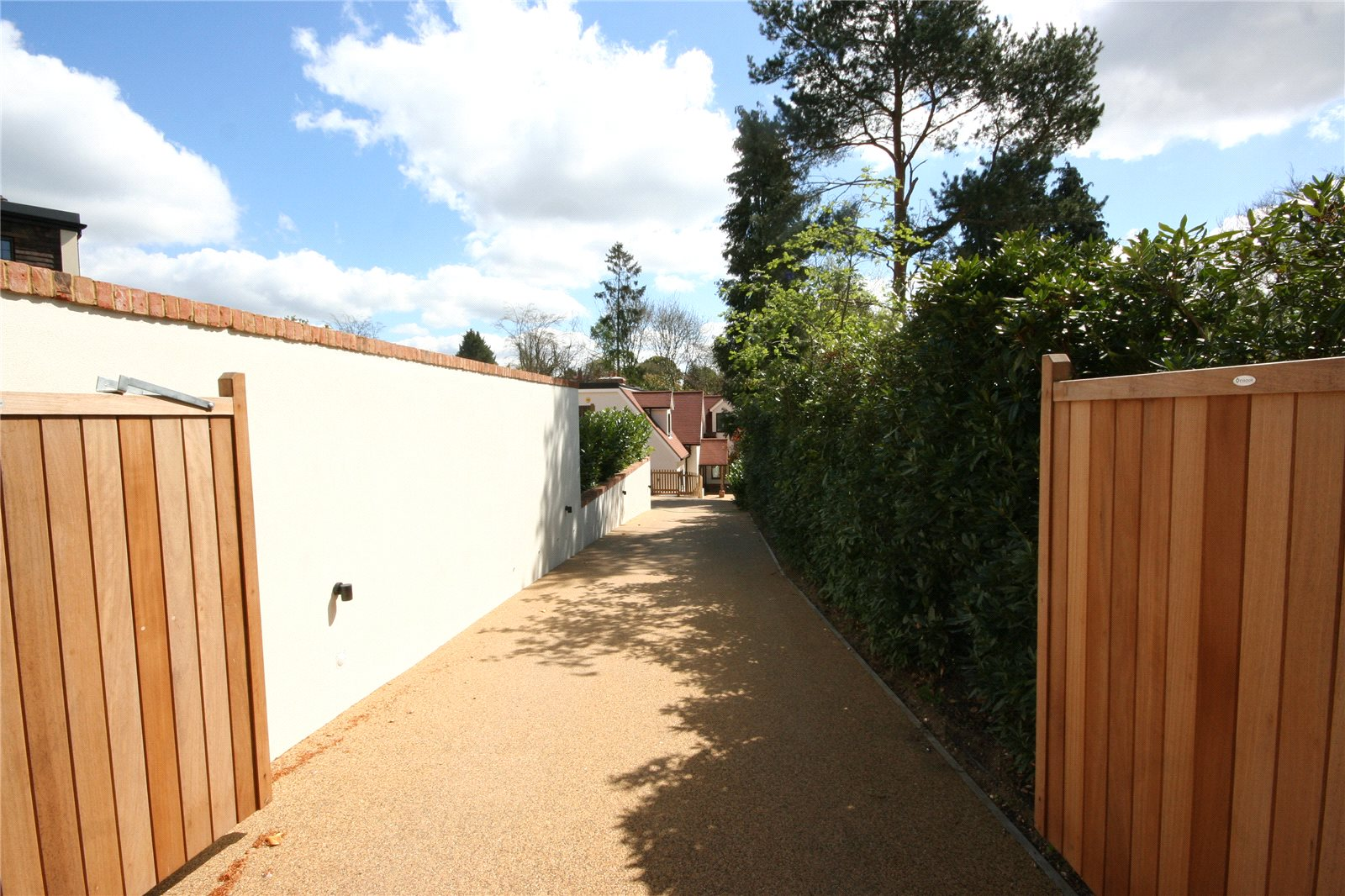 Additional photo for property listing at Beeches Drive, Farnham Common, Buckinghamshire, SL2 Farnham Common, Angleterre