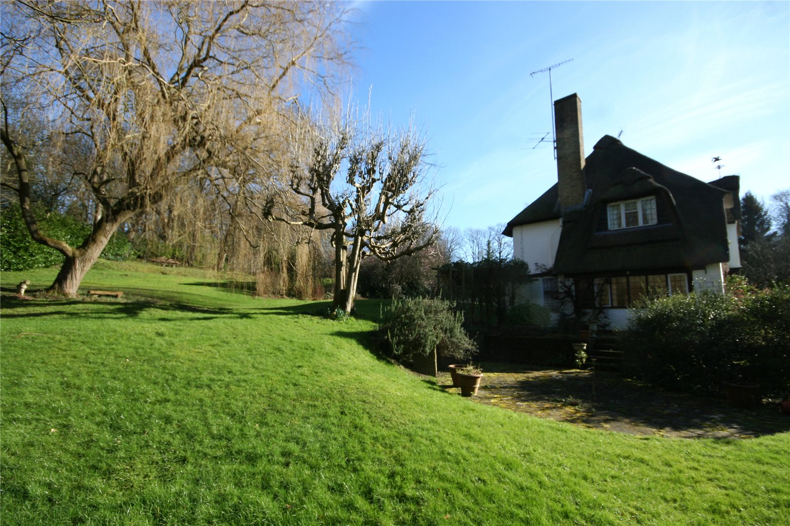 Additional photo for property listing at Hedgerley Lane, Gerrards Cross, Buckinghamshire, SL9 Gerrards Cross, Angleterre