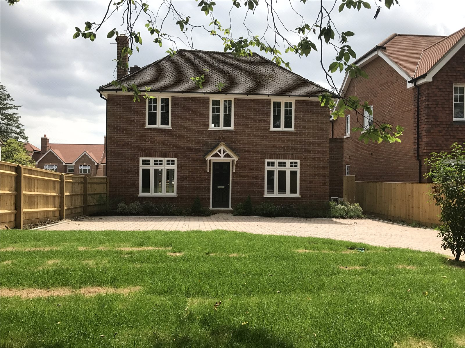 Частный дом для того Продажа на Hollybush Hill, Stoke Poges, Buckinghamshire, SL2 Stoke Poges, Англия