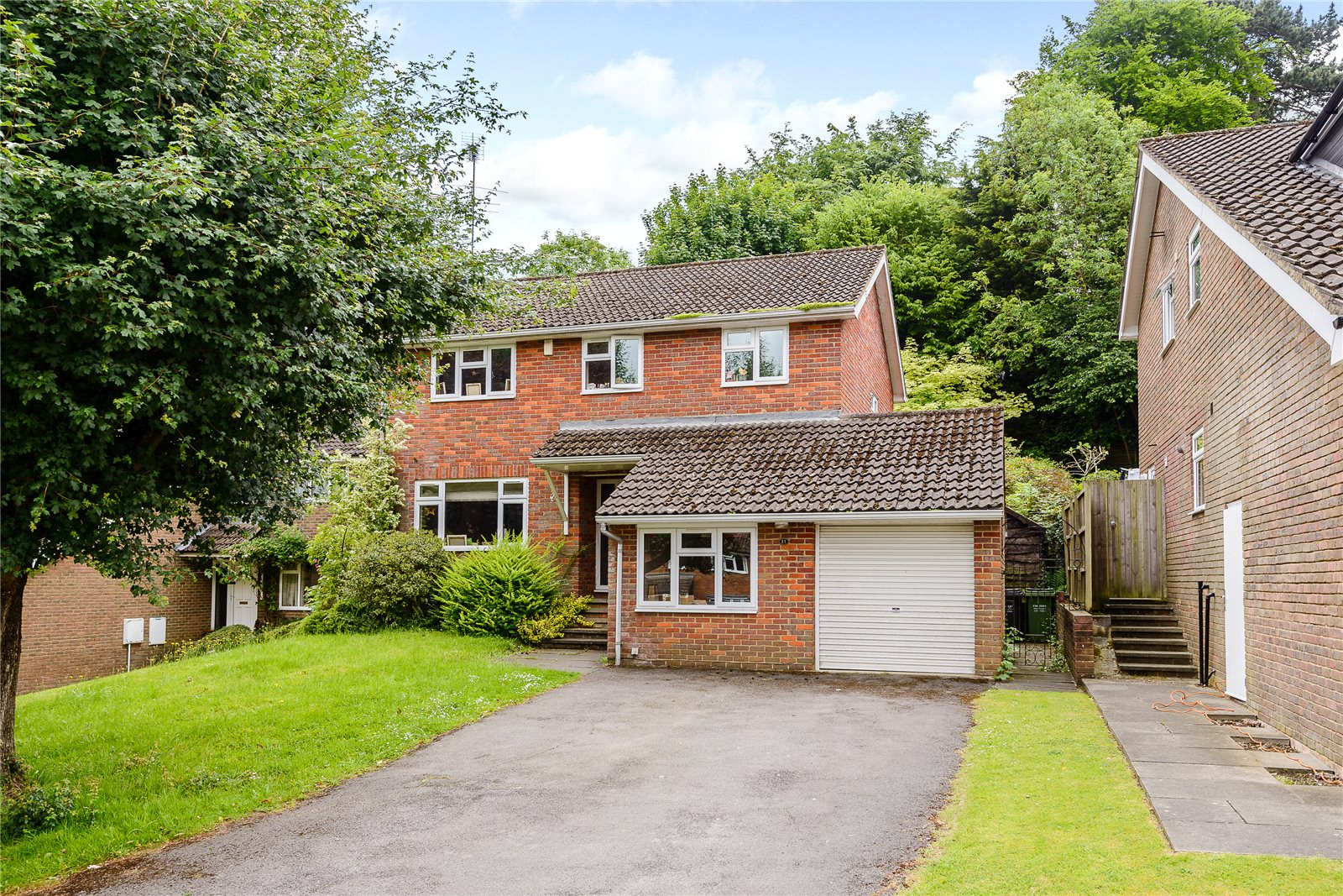 Casa Unifamiliar por un Venta en Ashlea Road, Chalfont St Peter, Gerrards Cross, Buckinghamshire, SL9 Gerrards Cross, Inglaterra