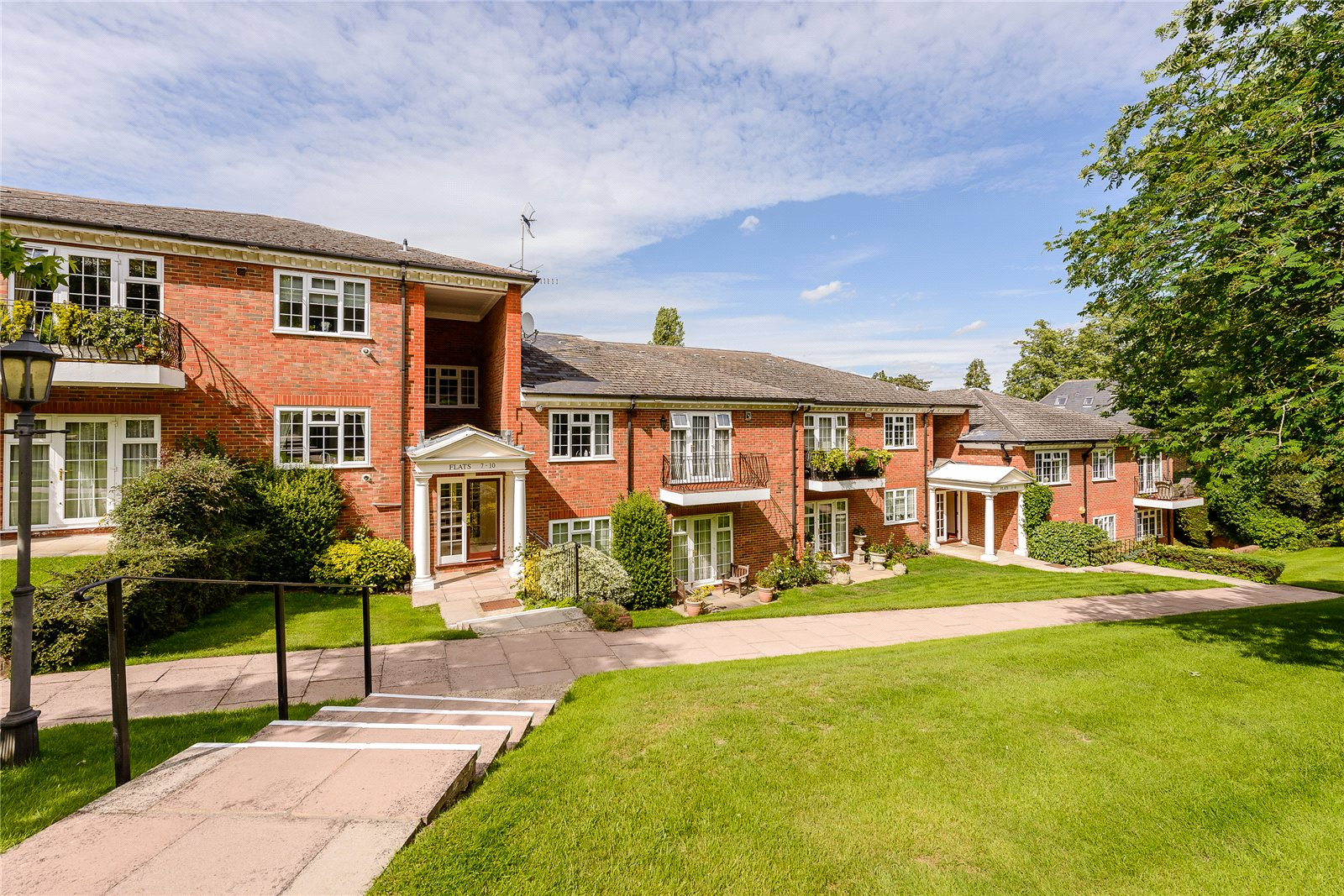 公寓 为 销售 在 Penn Haven, 3 Oak End Way, Gerrards Cross, Buckinghamshire, SL9 Gerrards Cross, 英格兰