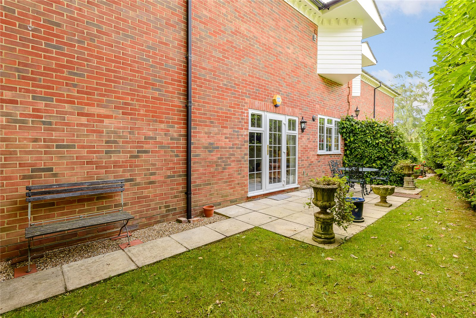 Additional photo for property listing at Penn Haven, 3 Oak End Way, Gerrards Cross, Buckinghamshire, SL9 Gerrards Cross, 英格兰
