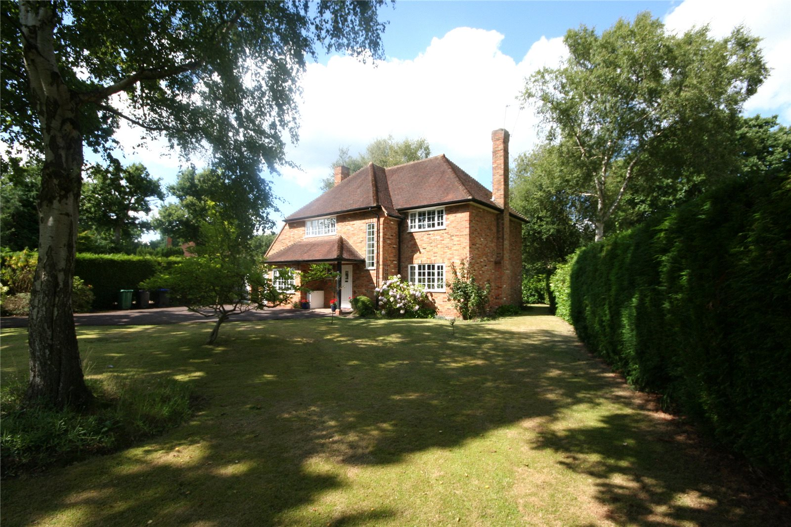 Частный дом для того Продажа на Howards Thicket, Gerrards Cross, Buckinghamshire, SL9 Gerrards Cross, Англия