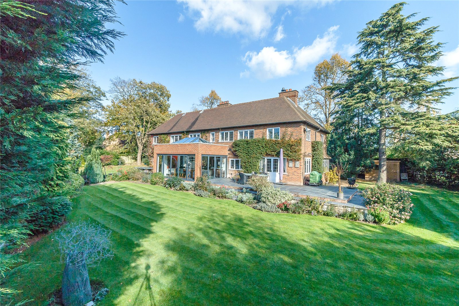 Casa Unifamiliar por un Venta en Hill Waye, Gerrards Cross, Buckinghamshire, SL9 Gerrards Cross, Inglaterra