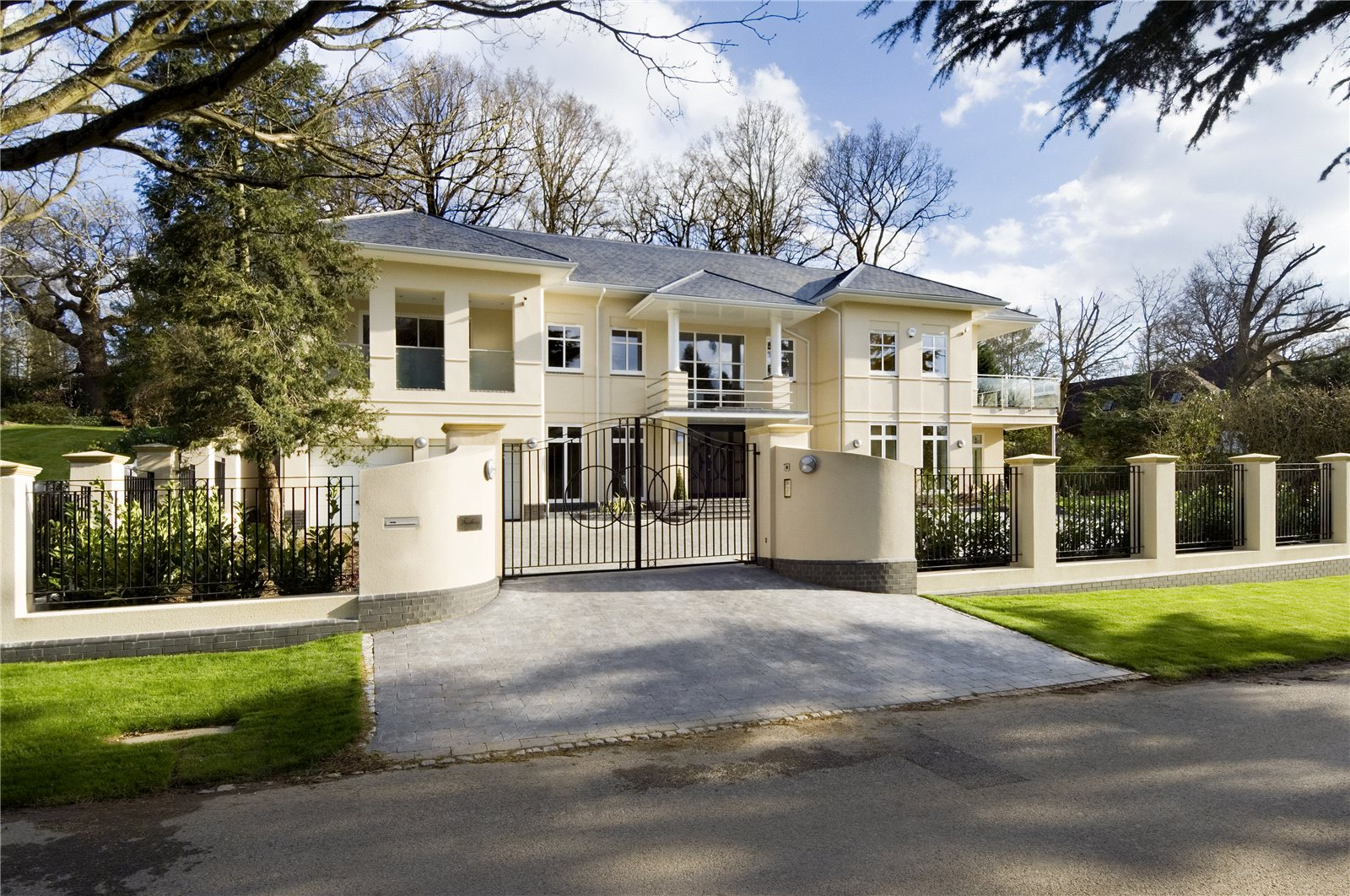 Частный дом для того Продажа на Camp Road, Gerrards Cross, Buckinghamshire, SL9 Gerrards Cross, Англия
