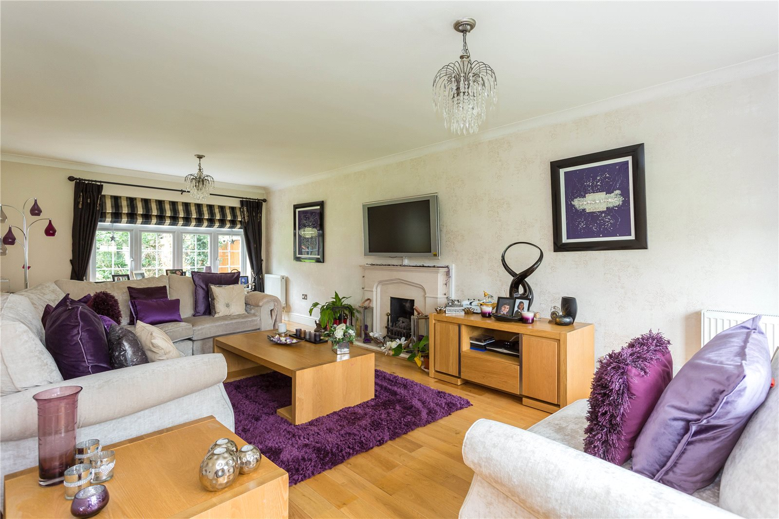 Additional photo for property listing at The Fairway, Burnham, Berkshire, SL1 Burnham, Anh Quốc
