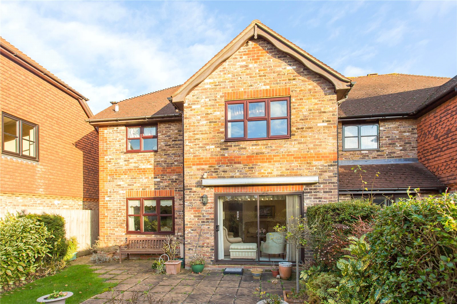 Additional photo for property listing at Miller Place, Gerrards Cross, Buckinghamshire, SL9 Gerrards Cross, Ingiltere