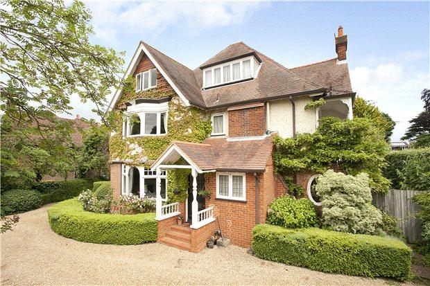 Casa para uma família para Venda às Aldersey Road, Guildford, Surrey, GU1 Guildford, Inglaterra