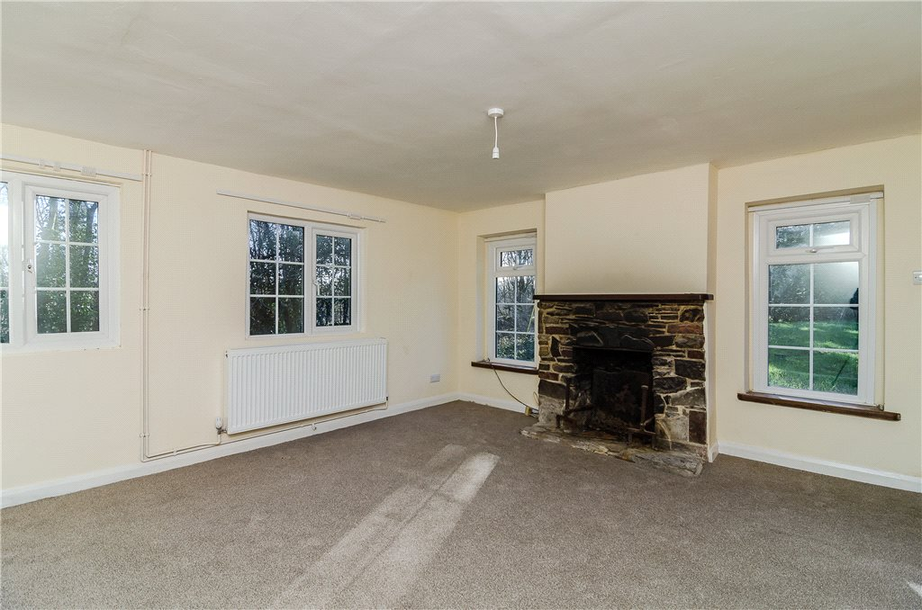 Additional photo for property listing at Horsham Road, Rowhook, Horsham, West Sussex, RH12 Horsham, Inghilterra