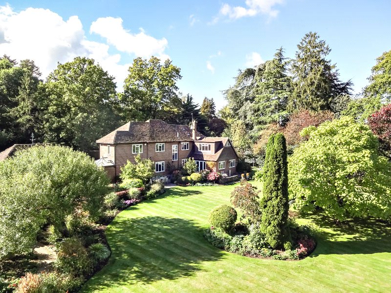 Maison unifamiliale pour l Vente à Cricketers Lane, Warfield, Berkshire, RG42 Warfield, Angleterre