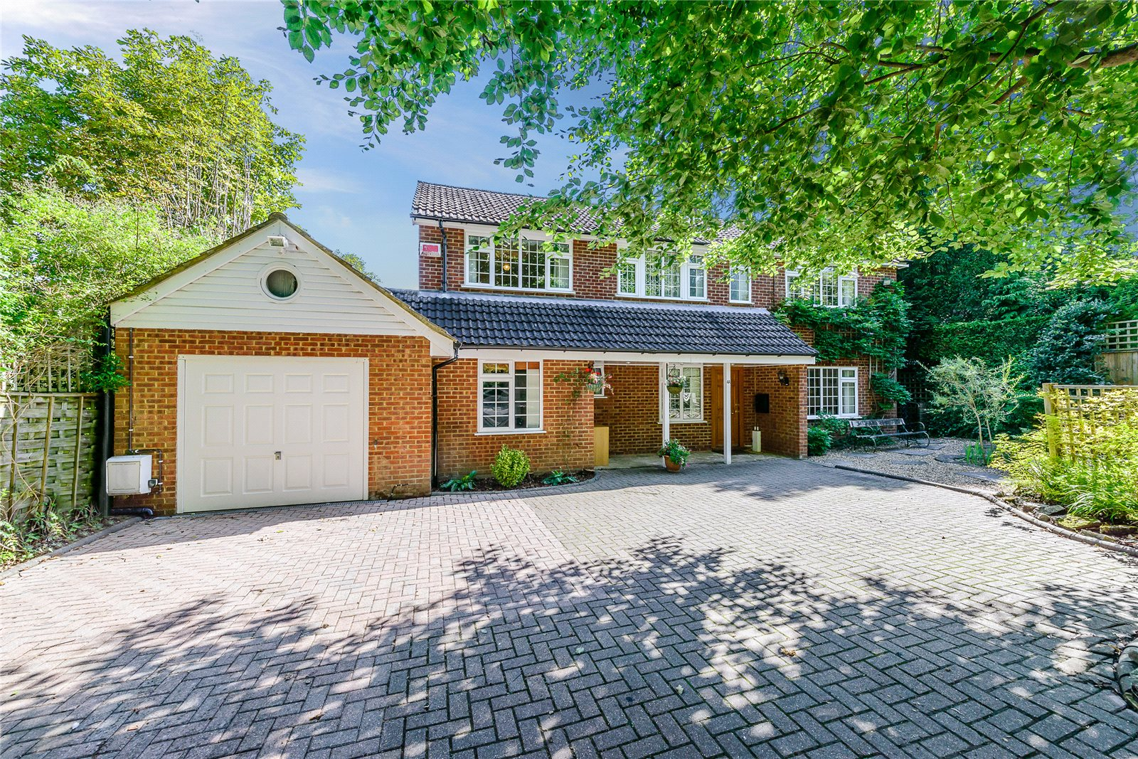 Casa para uma família para Venda às Pit Farm Road, Guildford, Surrey, GU1 Guildford, Inglaterra