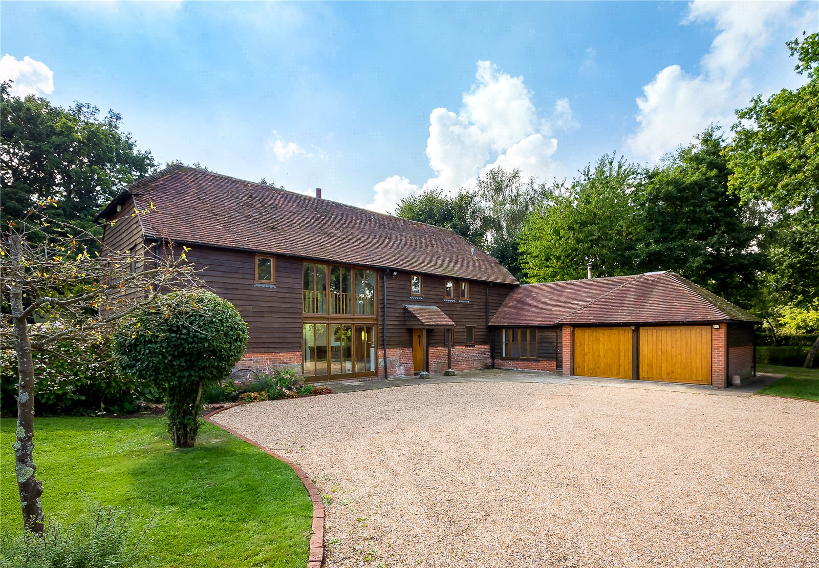 Villa per Vendita alle ore Muttons Lane, Ashington, Pulborough, West Sussex, RH20 Pulborough, Inghilterra
