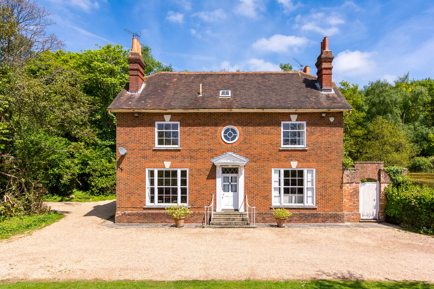 Additional photo for property listing at Blackhouse Road, Colgate, Horsham, West Sussex, RH13 Horsham, Inghilterra