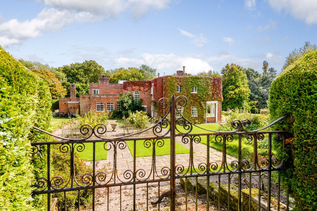 Villa per Vendita alle ore West Mare Lane, Pulborough, West Sussex, RH20 Pulborough, Inghilterra