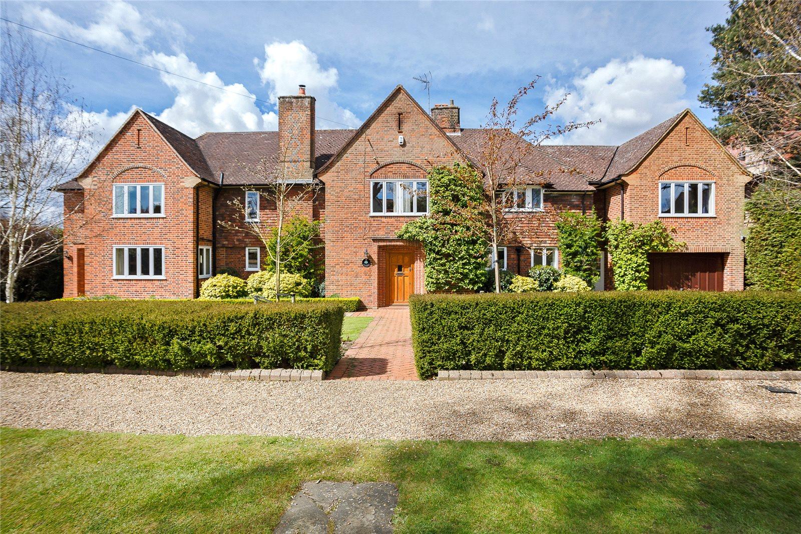 一戸建て のために 売買 アット Oakfield Road, Harpenden, Hertfordshire, AL5 Harpenden, イギリス