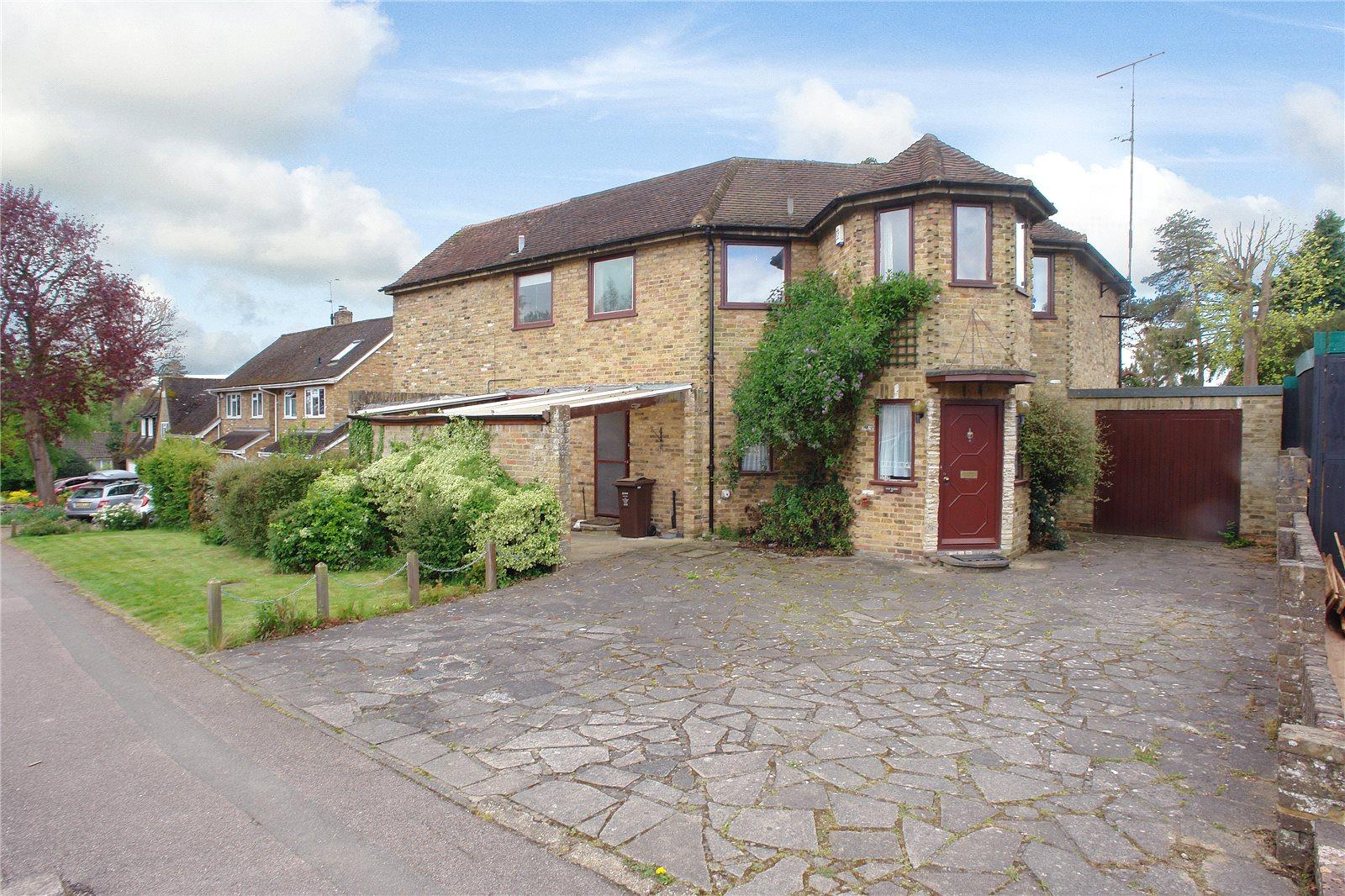 一戸建て のために 売買 アット Alders End Lane, Harpenden, Hertfordshire, AL5 Harpenden, イギリス