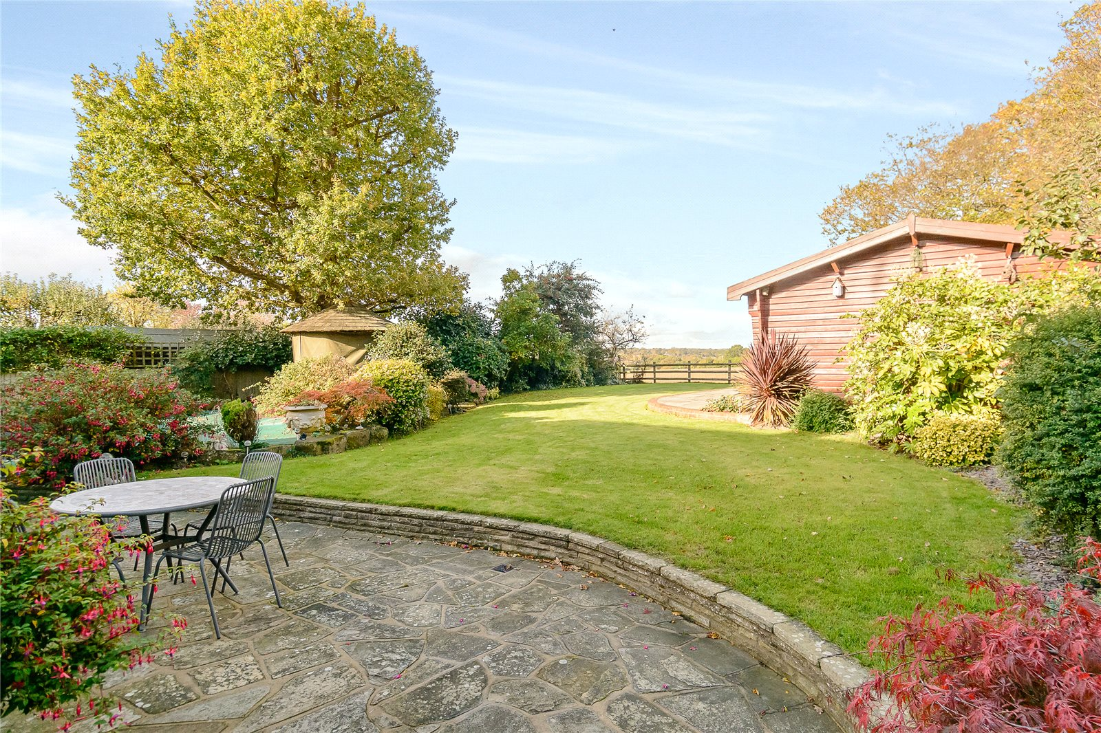 Maison unifamiliale pour l Vente à Bloomfield Road, Harpenden, Hertfordshire, AL5 Harpenden, Angleterre