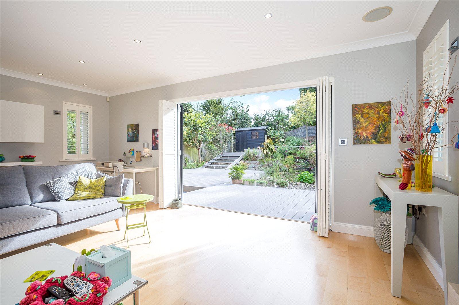 獨棟家庭住宅 為 出售 在 The Bourne, Salisbury Avenue, Harpenden, Hertfordshire, AL5 Harpenden, 英格蘭