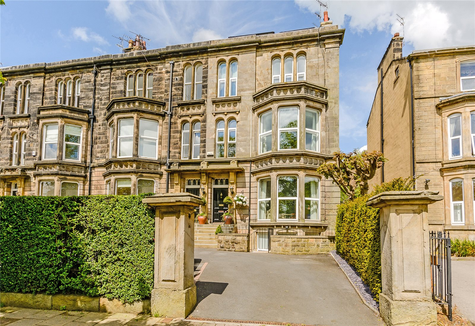 Single Family Home for Sale at York Place, Harrogate, North Yorkshire, HG1 Harrogate, England