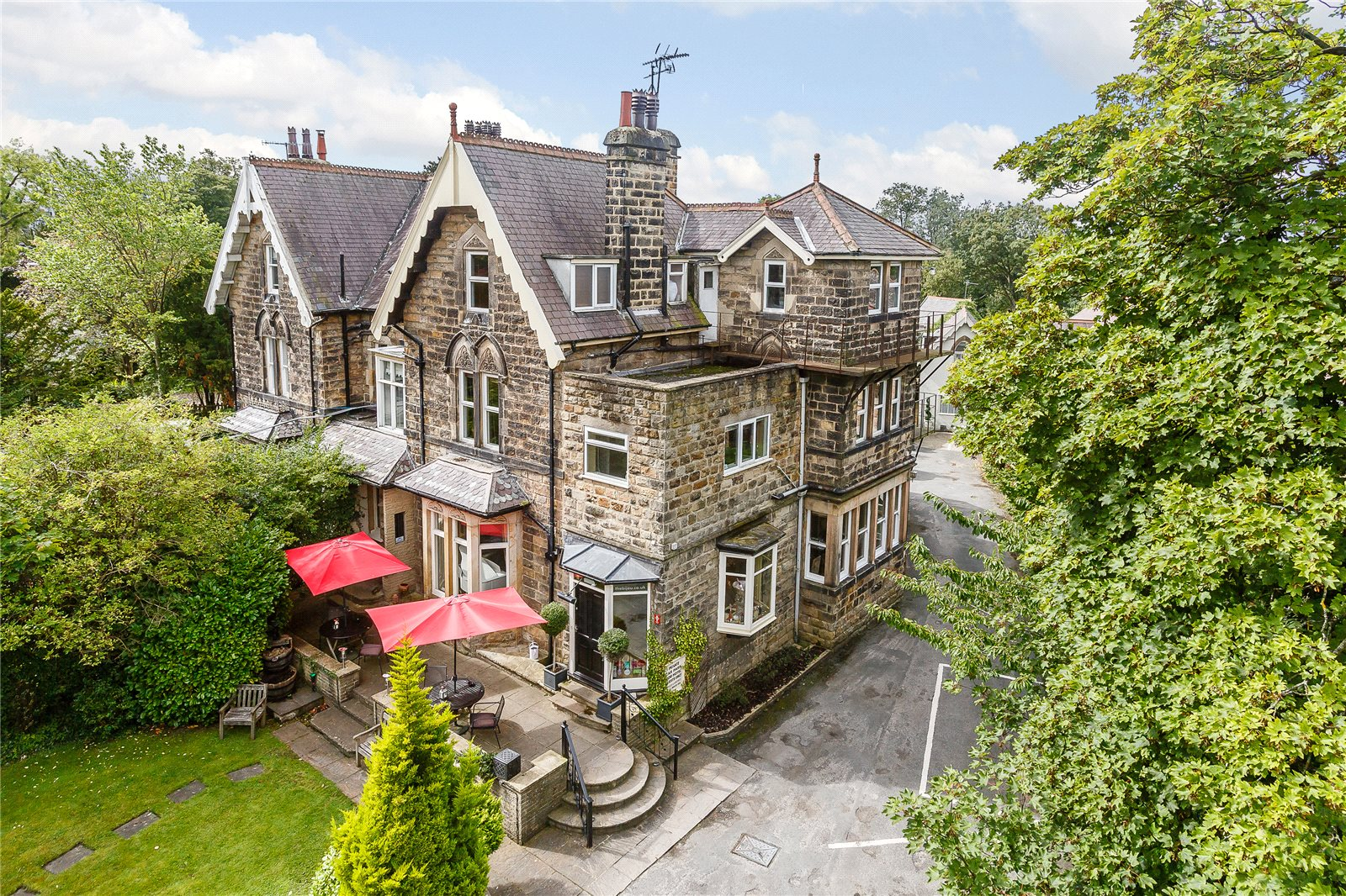 Single Family Home for Sale at Ripon Road, Harrogate, North Yorkshire, HG1 Harrogate, England