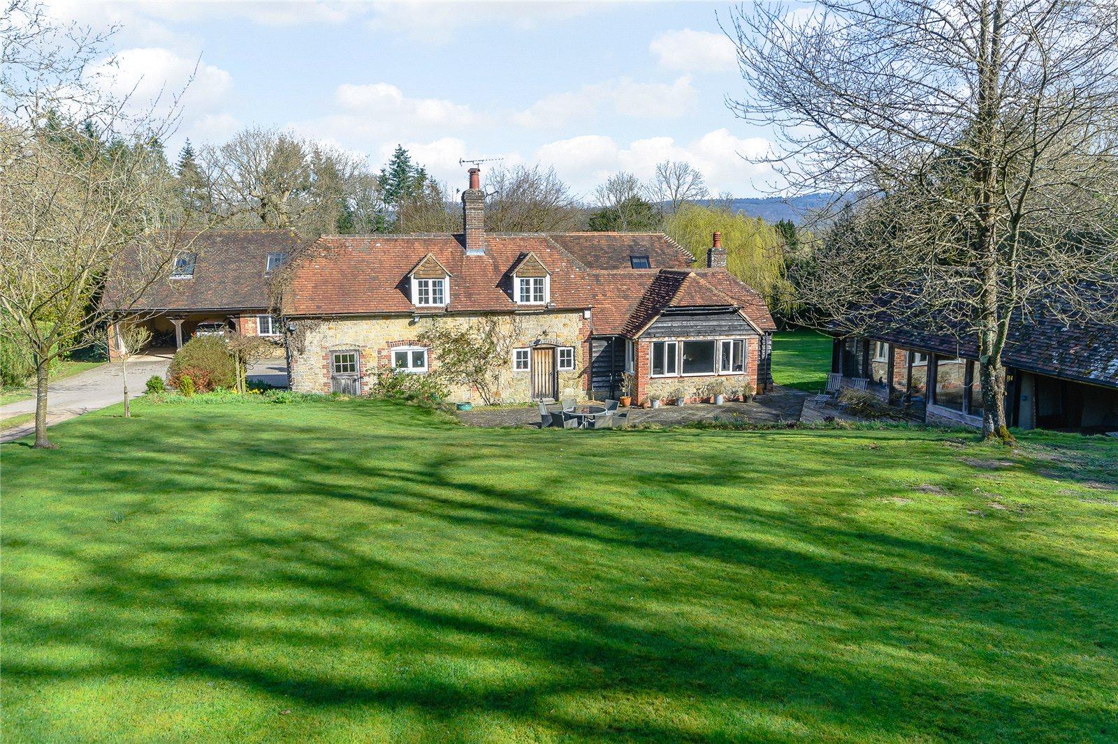 Μονοκατοικία για την Πώληση στο Henley Hill, Henley, Haslemere, Surrey, GU27 Haslemere, Αγγλια