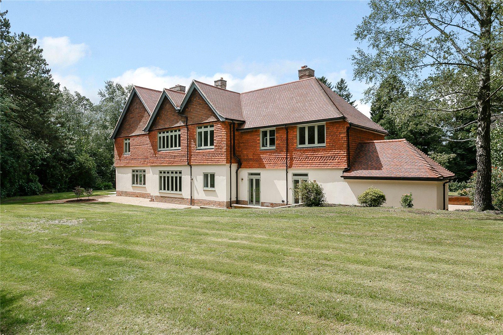 一戸建て のために 売買 アット Hindhead Road, Hindhead, Surrey, GU26 Hindhead, イギリス