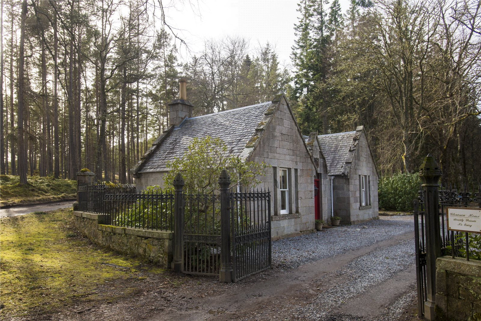 Additional photo for property listing at Newtonmore, Inverness-Shire, PH20 Inverness Shire, Scotland