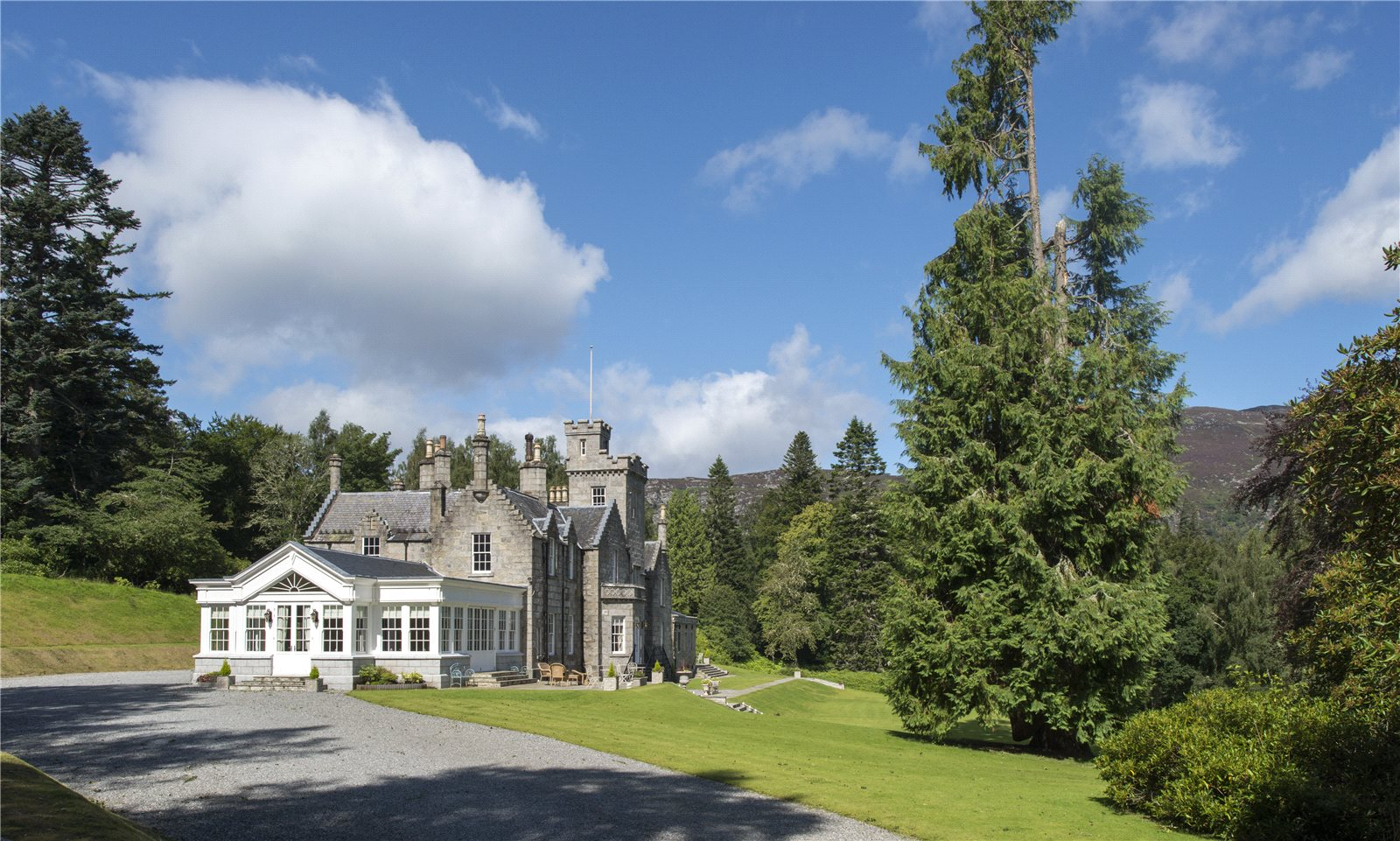 Appartement pour l Vente à Newtonmore, Inverness-Shire, PH20 Inverness Shire, Scotland