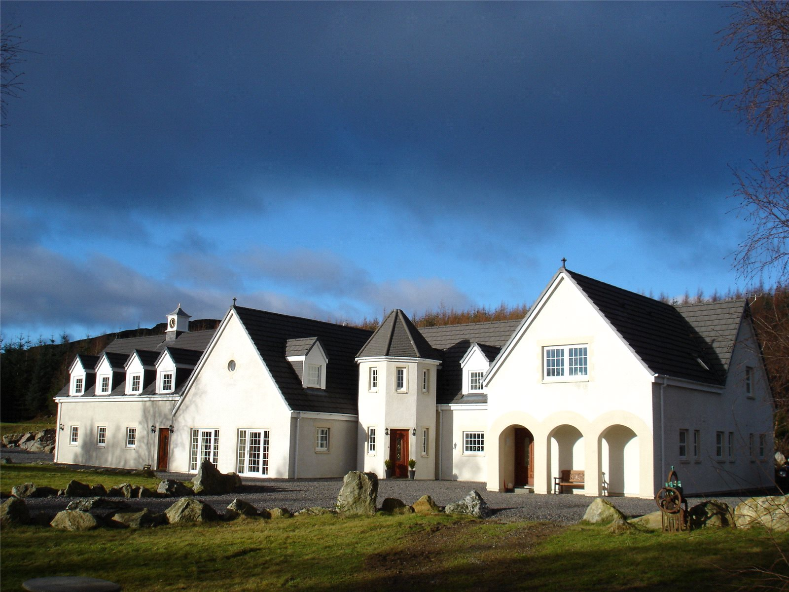 Apartments / Residences for Sale at Farr, Inverness, IV2 Inverness, Scotland