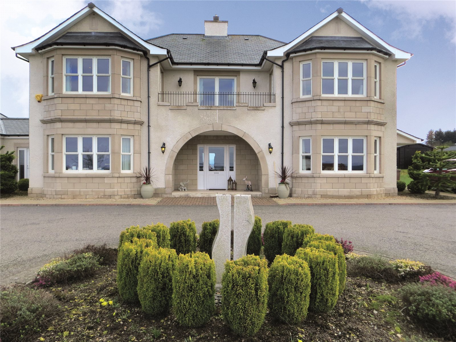Additional photo for property listing at Heights of Woodside, Westhill, Inverness, IV2 Inverness, Scotland