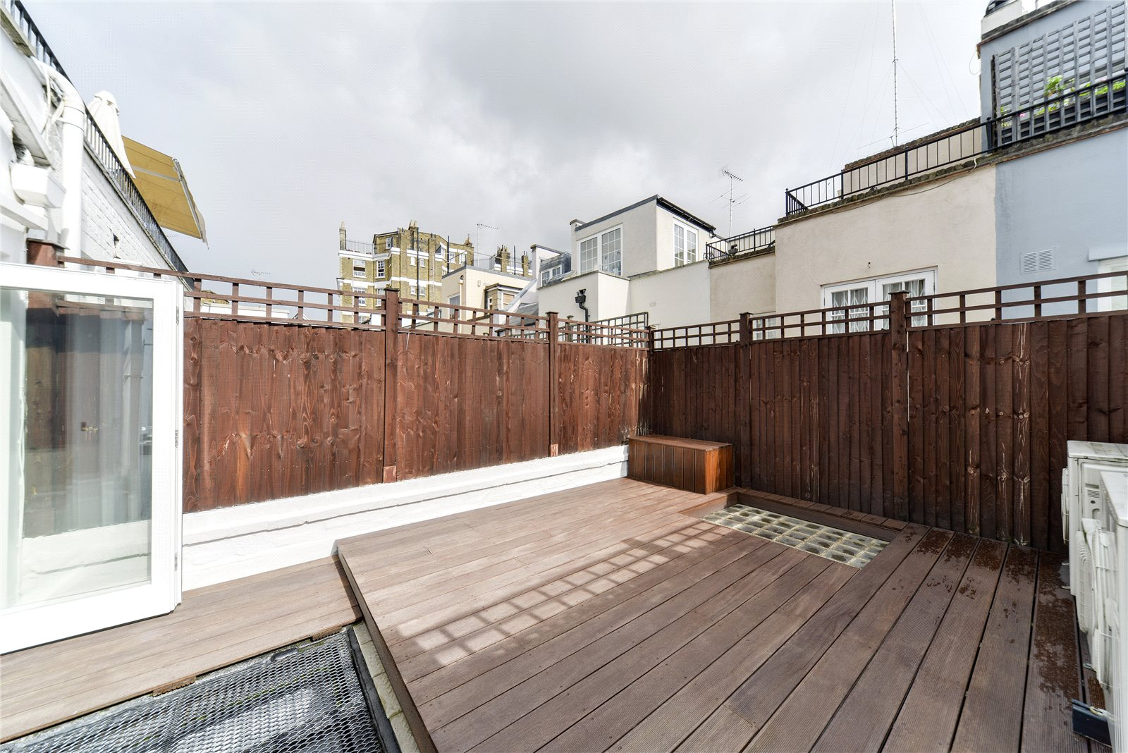 Additional photo for property listing at Walton Street, London, SW3 London, Ingiltere