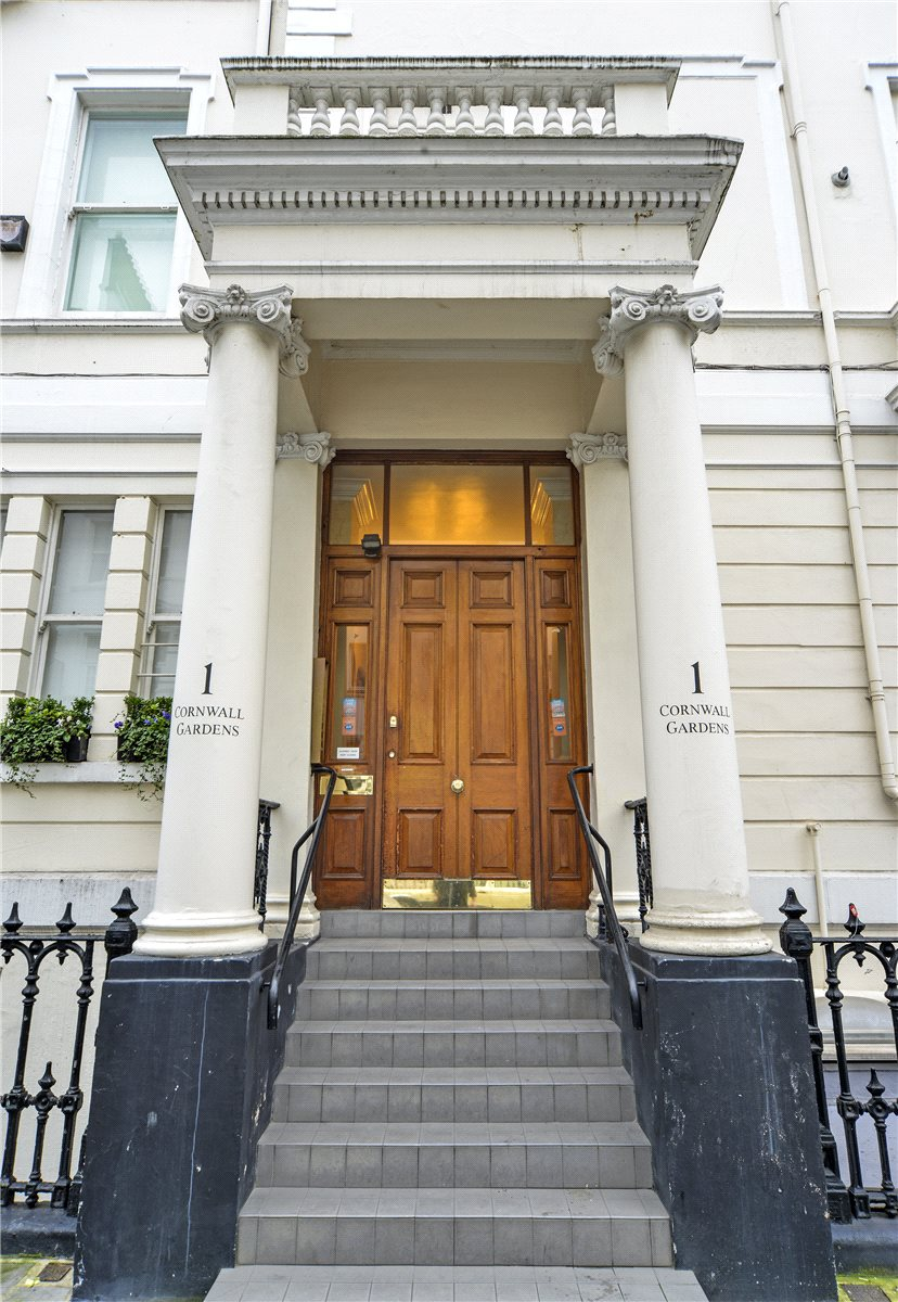Additional photo for property listing at Cornwall Gardens, South Kensington, London, SW7 South Kensington, London, England