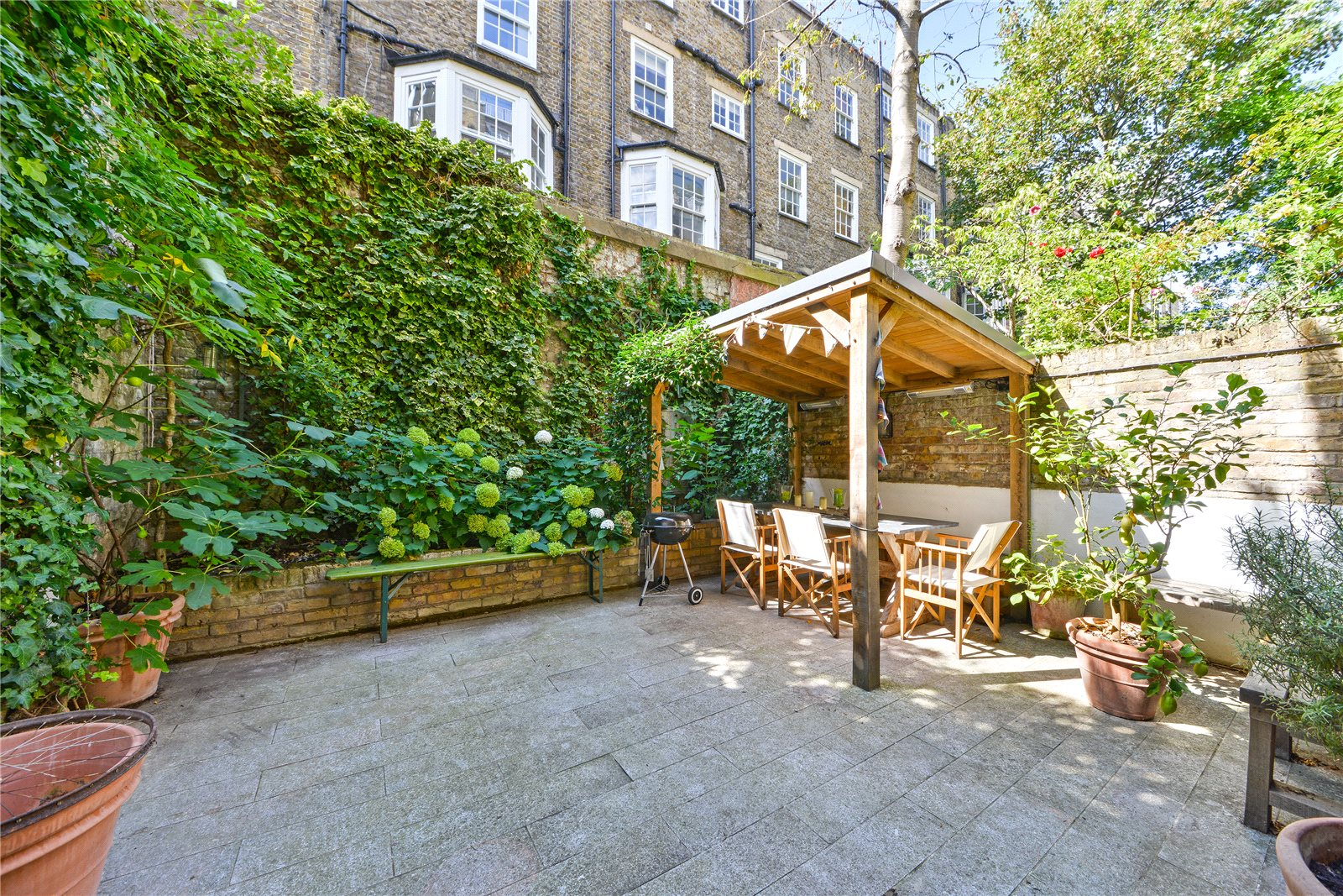 Additional photo for property listing at Ovington Square, Chelsea, London, SW3 Chelsea, London, Αγγλια