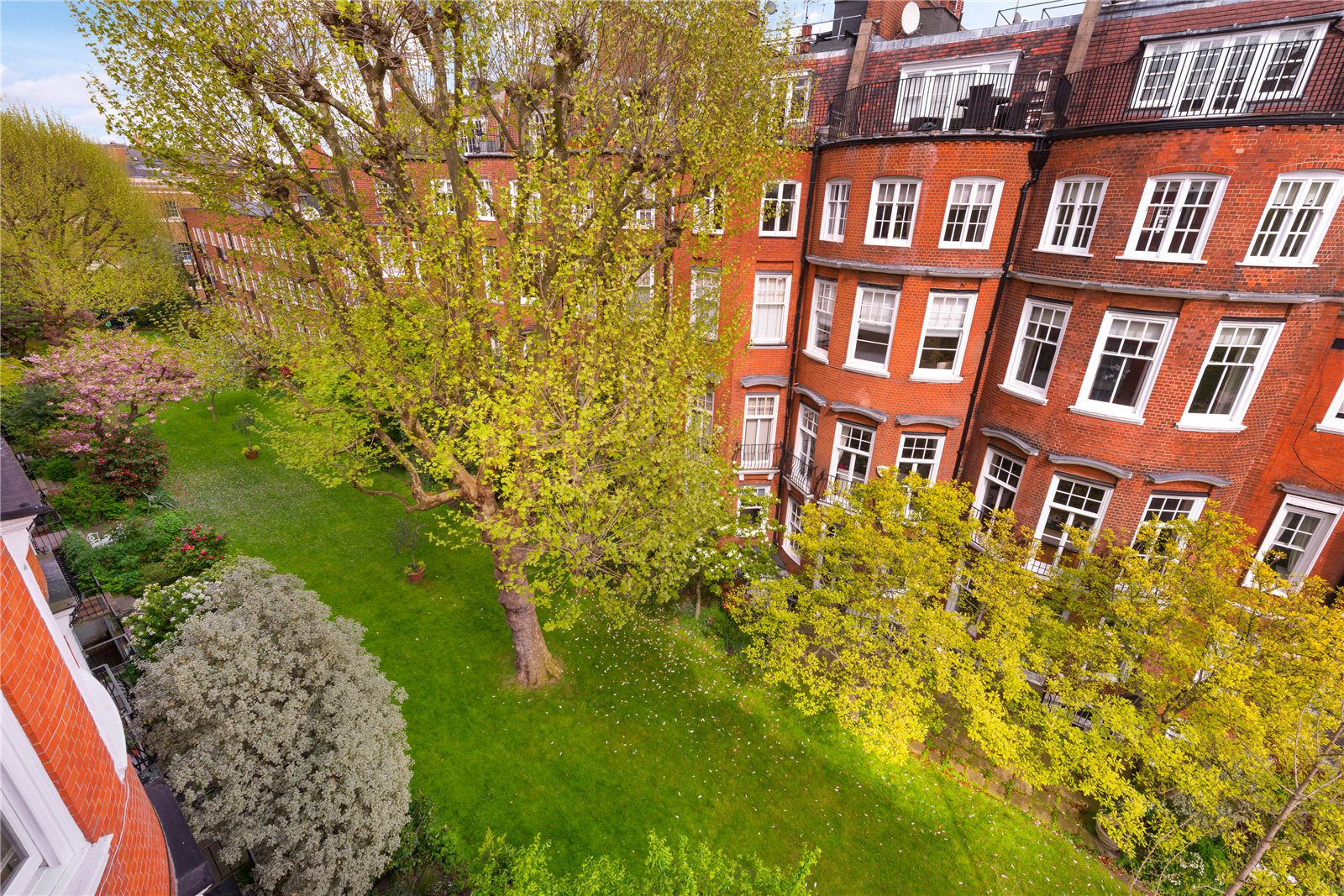 Apartments / Residences for Sale at Sloane Court West, London, SW3 London, England