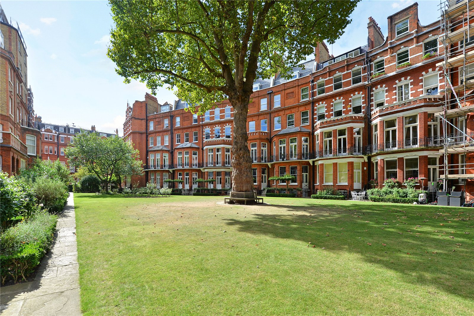 Knightsbridge luxury real estate for sale christie 39 s for Knightsbridge homes