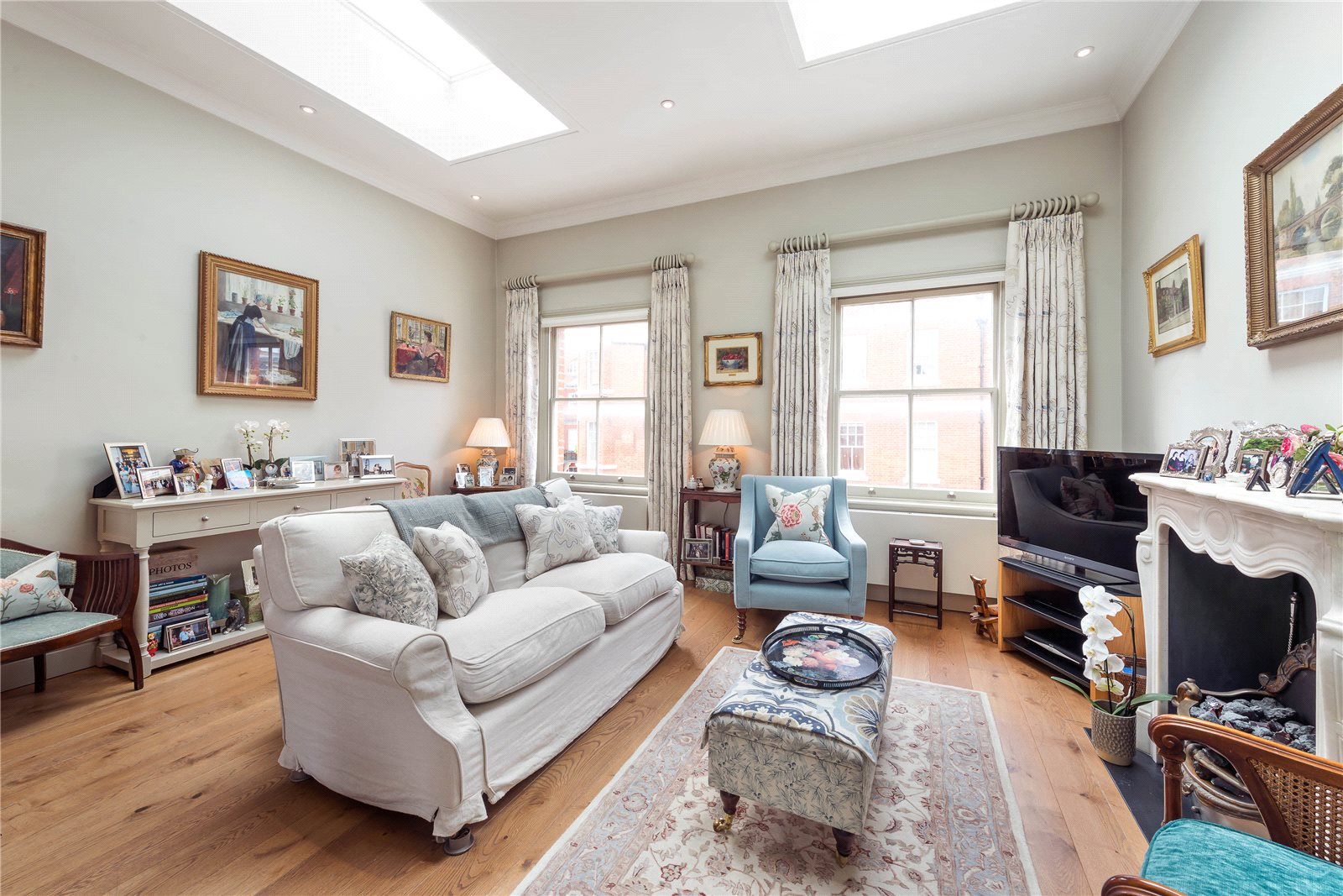 Additional photo for property listing at Flood Street, London, SW3 London, Ingiltere