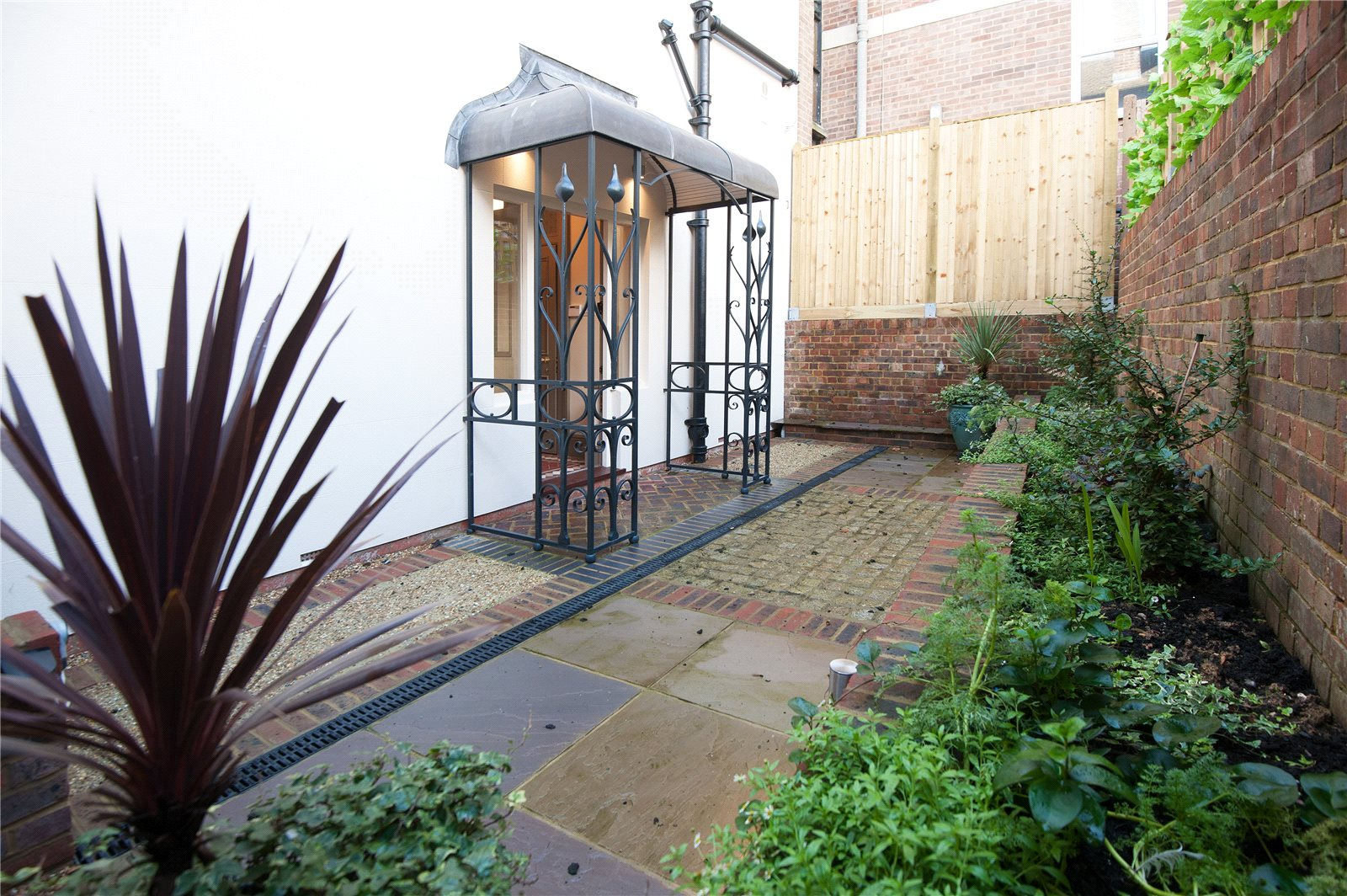 Additional photo for property listing at School Hill, Lewes, East Sussex, BN7 Lewes, Ingiltere