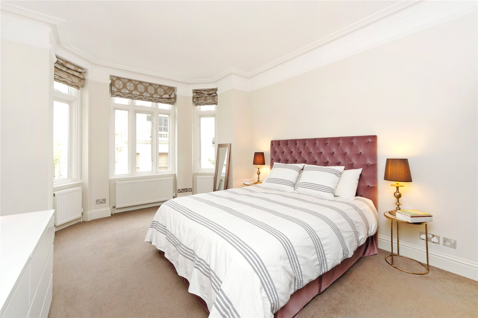 Additional photo for property listing at Prince Edward Mansions, Moscow Road, Bayswater, W2 Bayswater, England