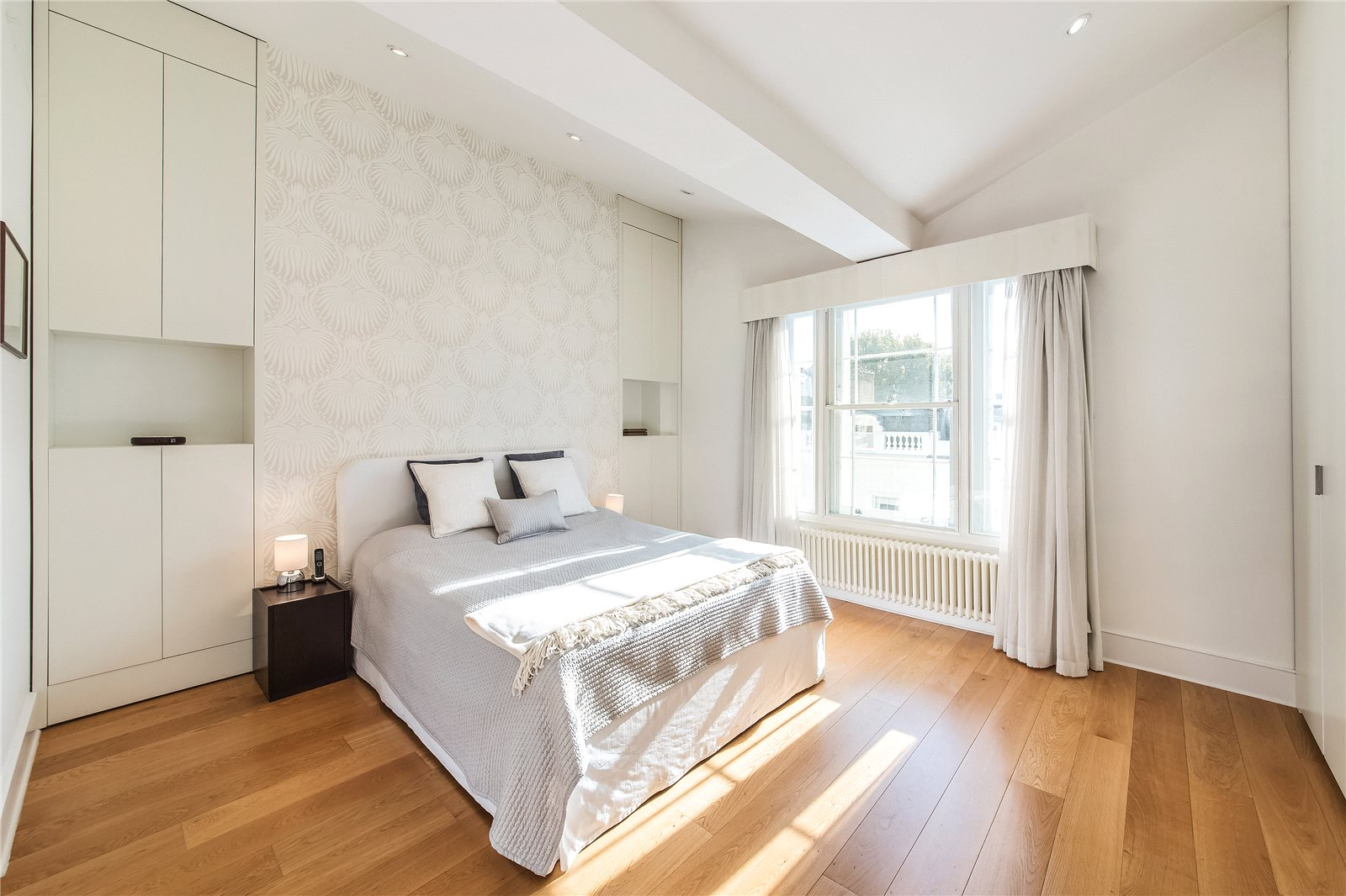 Additional photo for property listing at Abingdon Villas, Kensington, London, W8 Kensington, London, イギリス