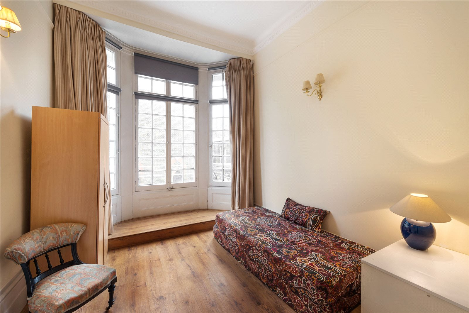 Additional photo for property listing at Campden Hill Gardens, Kensington, London, W8 Kensington, London, Inglaterra