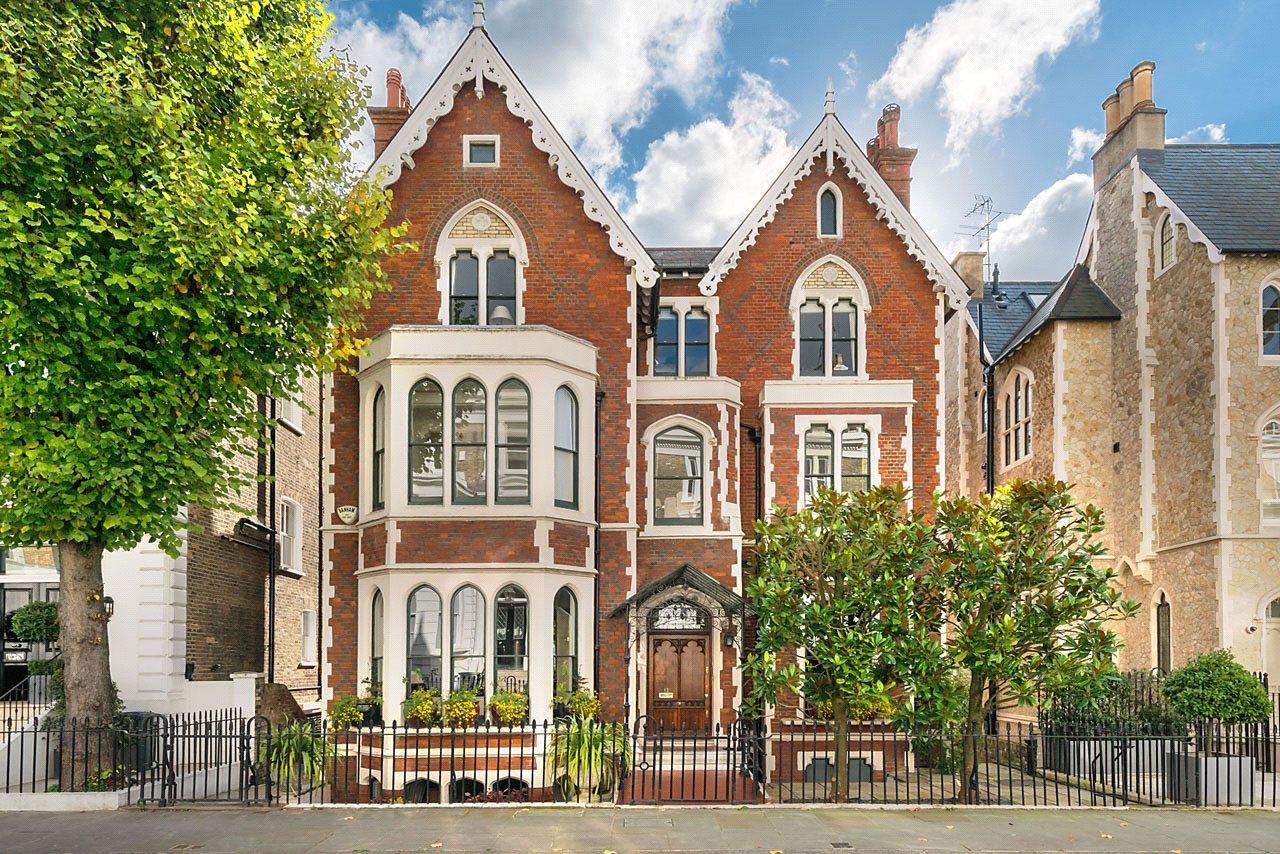 Phillimore place kensington london w8 a luxury home for Big mansion homes for sale