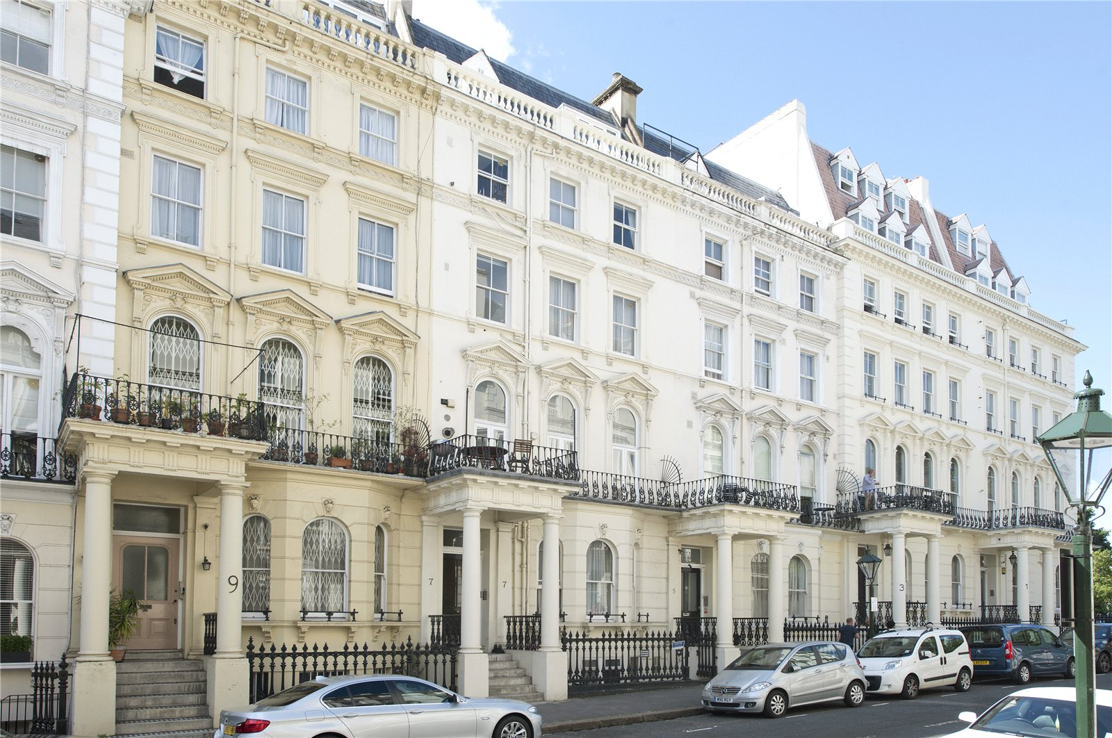 Additional photo for property listing at Prince of Wales Terrace, Kensington, London, W8 Kensington, London, England