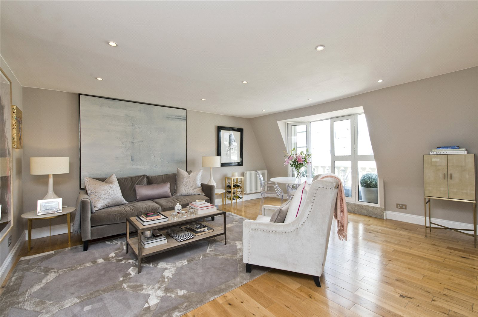 Apartments / Residences for Sale at Prince of Wales Terrace, Kensington, London, W8 Kensington, London, England